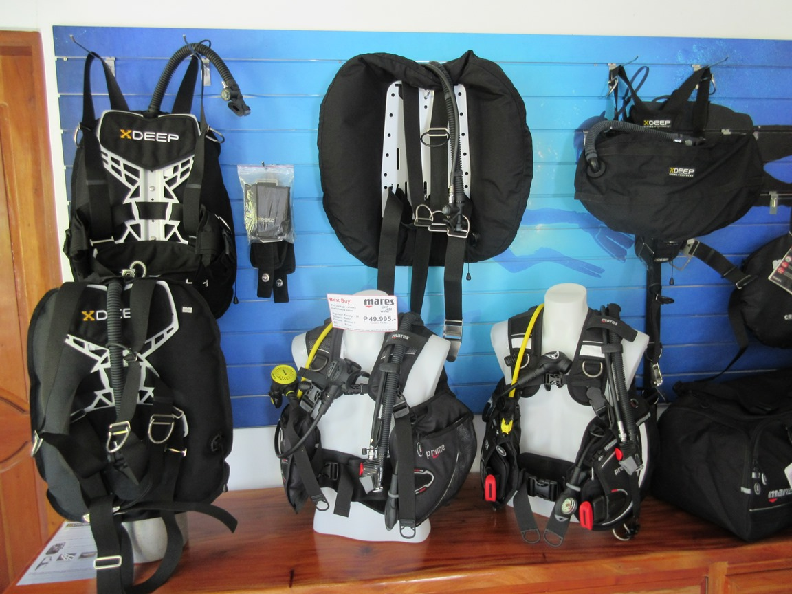 recreational and technical dive equipment